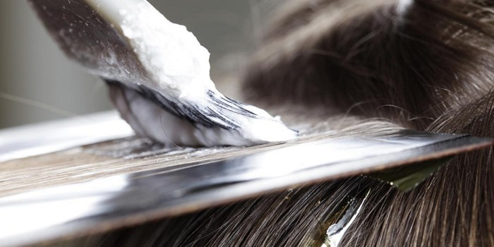 Как менструация влияет на состояние волос