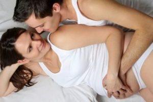 Месячные при беременности: какие они бывают во втором и третьем триместре фото